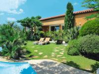 Location de vacances Camps la Source Location de Vacances Gareoult Villa Sleeps 10 Pool WiFi