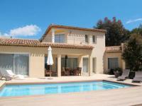 gite Le Castellet Saint-Cyr-sur-Mer Villa Sleeps 6 Pool Air Con WiFi