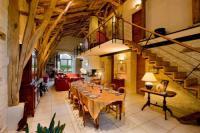 Gîte Lot La Vayssade - Grand Gîte de charme - 12 pers - Piscine et Jacuzzi