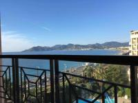 Appart Hotel Grasse Appart Hotel Cannes apartment with balcony and sea view