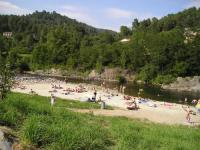 Terrain de Camping Jaujac CAMPING LE PONT DES ISSOUX