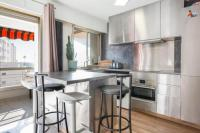 residence Cannes Modern studio 300 meters the beach, Juan les Pins center, for 4 guests