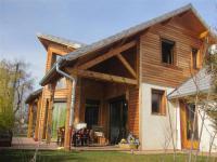 gite Orcières House Chalet d'architecte 7 couchages 5 minutes du lac de serre poncon