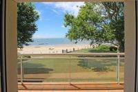 gite Andernos les Bains Villa 4 chambres Bassin d'Aracachon, les pieds dans l'eau, accès direct à la plage