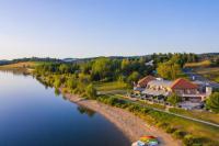 Résidence de Vacances Codognan Résidence de Vacances La Table du Lac