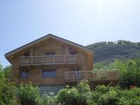 gite Villarembert Chalet Oustal en pied de piste et télésiège aux 2Alpes ,avec sauna