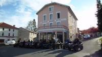 Hôtel Saint Bonnet le Courreau Hotel La Vie En Rose