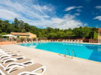 Hôtel Saint Pons la Calm hôtel Lagrange Vacances Les Mazets de Gaujac