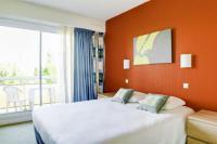 Hotel Kyriad Charmeil Hotel Parc Rive Gauche