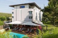 Best-Western-PLUS-Hotel-de-l-Arbois Le Tholonet