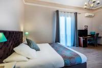 Hotel Kyriad Vitrolles en Lubéron Hotel Sainte Anne - Apt