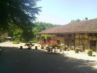 Location de vacances Saint Nizier le Bouchoux Location de Vacances La Ferme de Marie Eugénie