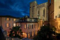 La-Mirande Avignon