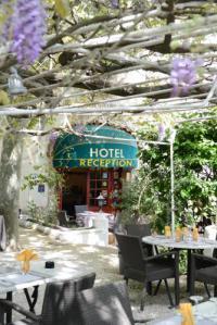 Hôtel Cheval Blanc hôtel Logis Le Terminus