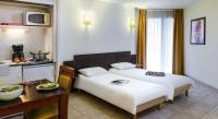 Appart Hotel La Roquette sur Var Aparthotel Adagio Access Nice Acropolis