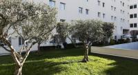 Village Vacances Carnoux en Provence résidence de vacances Aparthotel Adagio Access Marseille Prado Périer