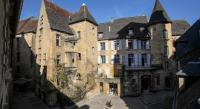 Appart Hotel Gourdon résidence de vacances In Sarlat Luxury Rentals, Medieval Center