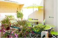 Appart Hotel Languedoc Roussillon Appart Hotel Chambre et table d'hôte Le Papillon Ceret Appartements et Seminaires