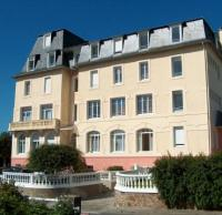Appart Hotel Loc Eguiner Saint Thégonnec résidence de vacances Residence des Bains