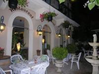 Appart Hotel Saint Symphorien Appart'Hôtel Les Tilleuls