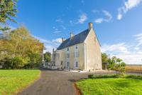 gite Fontenille Saint Martin d'Entraigues Ardilleux Chateau Sleeps 13 Pool WiFi