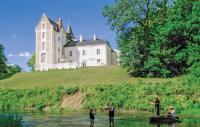 gite Saint Hilaire en Lignières Bonnet Chateau Sleeps 30 Pool WiFi