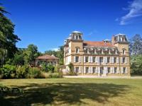 gite Sabarat Castagnac Chateau Sleeps 10 Pool WiFi