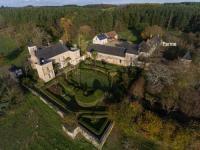 gite Corzé La Cour du Li'ege-Charming Renovated Farm