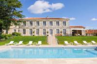 gite Champagnac de Belair Filouane Chateau Sleeps 16 Pool WiFi