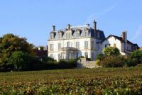 gite Saint Aubin Mercurey Chateau Sleeps 16 Pool WiFi