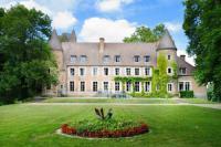gite Sougy sur Loire Paray-le-Fresil Chateau Sleeps 15 Pool WiFi