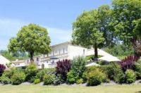 gite Prignac et Marcamps Saint-Germain-de-la-Riviere Chateau Sleeps 9 Pool