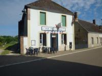gite Beaulieu sur Loire Bar de l'Etoile