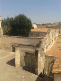 Chambre d'Hôtes Arles Le Donjon De La Roquette