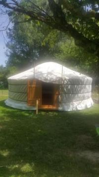 Terrain de Camping Ile de France Yourtes 6 personnes proche provins et disney