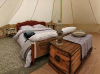Terrain de Camping Maine et Loire La Fortinerie Glamping Bell Tent