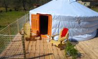 Terrain de Camping Peyrelevade Yourtes de Vassivière