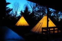 Terrain de Camping Midi Pyrénées Tipis Du Petit Buisson