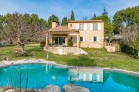 gite Saint Marc Jaumegarde Wonderful villa with large garden, swimming pool and 4 bedroomseasyBNB