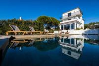 gite Bidarray Modern Villa with Pool, Hammam, and Garden in Anglet