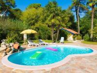 Villa Bayonne Gorgeous villa in Anglet inside pine forest