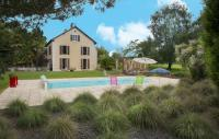 Gîte Saint Girons en Béarn Gîte Arsague Villa Sleeps 6 Pool WiFi