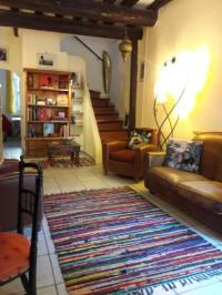 Gîte Avignon Gîte MAISON DE CHARME AVEC COUR, proche rue des Teinturiers