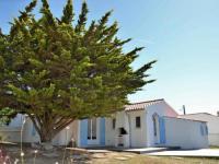 gite Saint Michel Chef Chef HOUSE VILLA 6 personnes Noirmoutier : Maison de vacances à moins de 50 mètres de la plage pour 6 personnes.