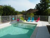 gite Malaucène Maison tout confort avec piscine à Bedarrides