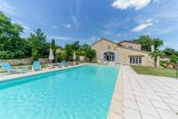 gite Calignac Beraut Villa Sleeps 16 Pool WiFi