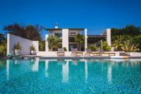 gite Capbreton Mountain View Villa, Fireplace, Pool and Sauna in Bidart
