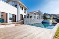 gite Bidarray Villa Parlementia - Overlook Bidart in this gorgeous Villa w heated pool !