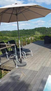 gite Saint Caprais de Bordeaux Villa piscine et vue à 10 mn de Bordeaux centre