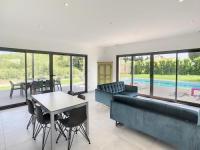 gite Vernègues ACCENT IMMOBILIER Villa Neuve piscine climatisation